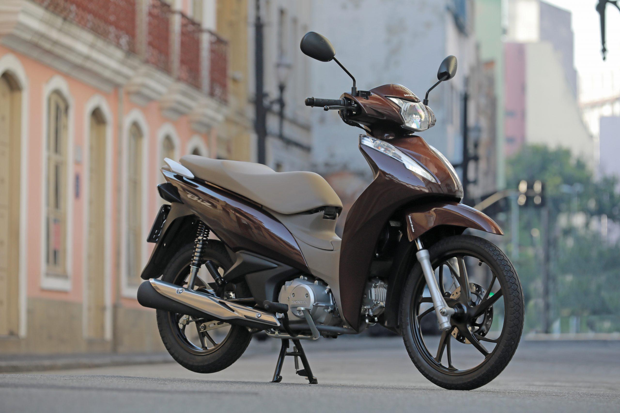 Aumento de emplacamento de motos em abril